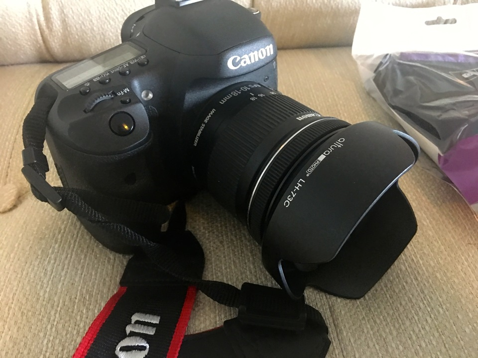 For Sale Cannon EOS 7D Camera Bundle
