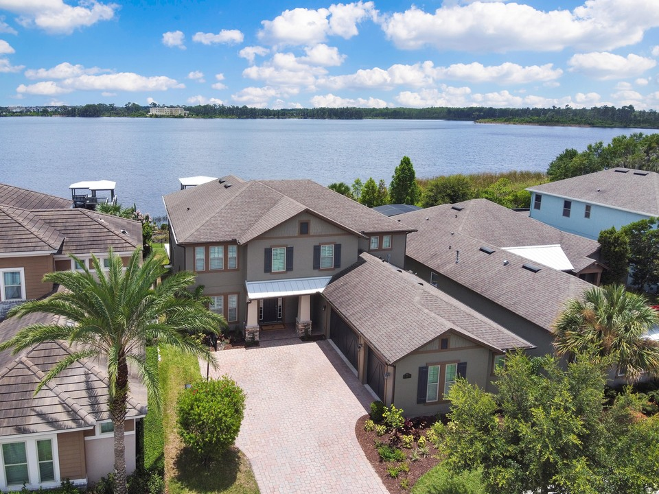 Lakefront Home For Sale Winter Garden 34787